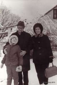 old family_0114